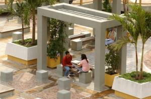 UIS_-_Alumnos_estudiando